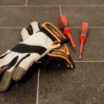 Niezbędna ochrona dłoni w pracy
